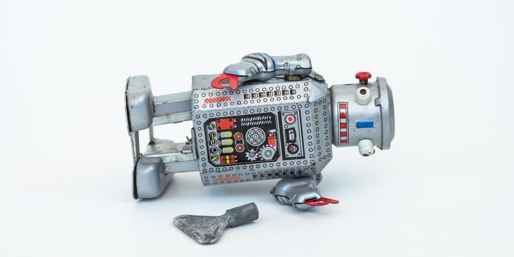 The Fake News about Robots and Their Reliability