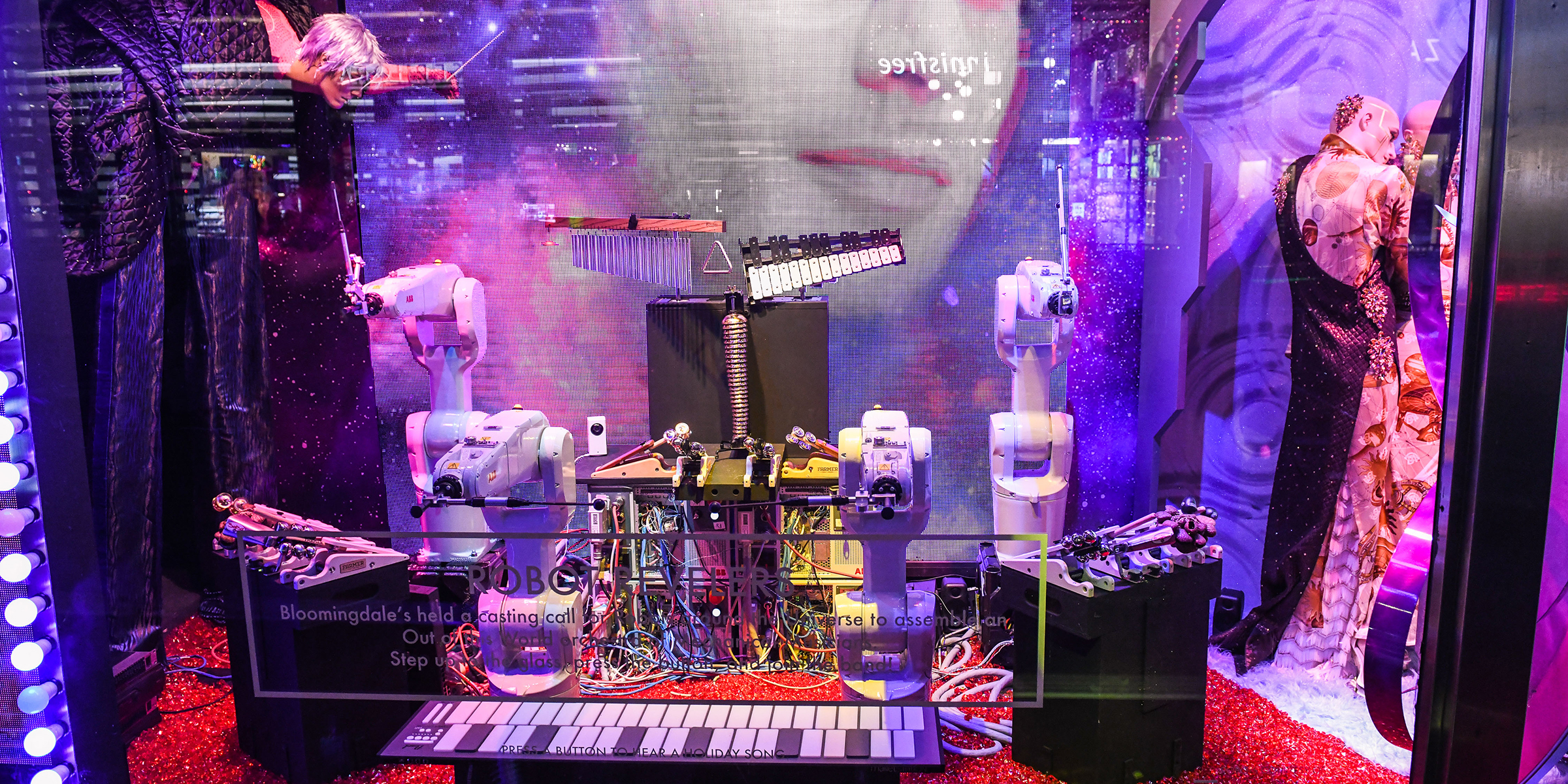 ABB Bloomingdale's robot window display