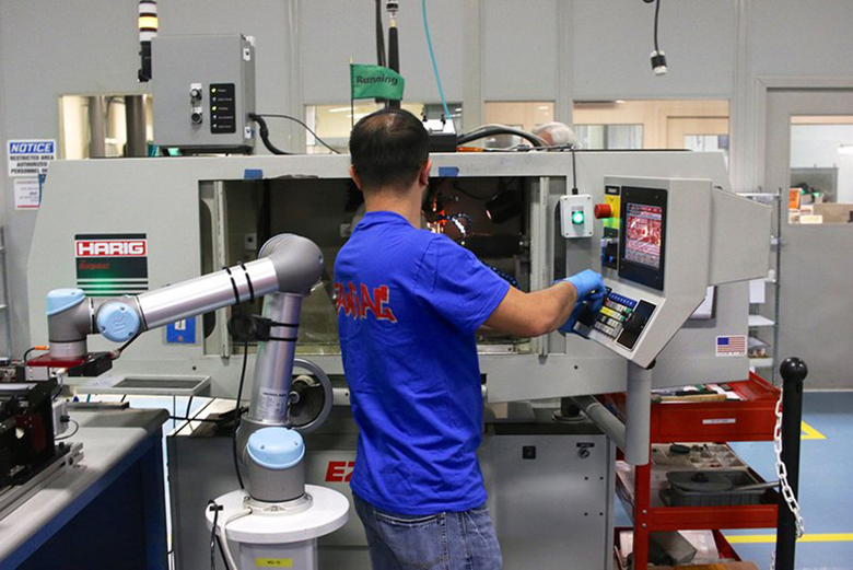 Webinar: Collaborative Robots: Are They as Safe as They Sound? -June 18